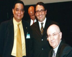 Prof. Carvalho Neto, Phd., Carlos Alberto Julio, HSM, e Philip Kotler.